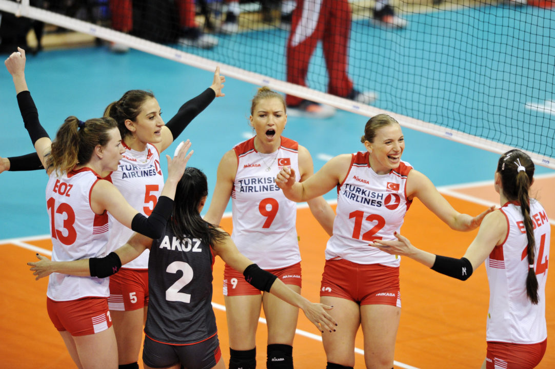 Turkey Remains Undefeated with #VNL Sweep of Poland