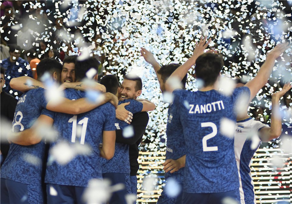 Argentina Surprises Italy in Sweep, Canada Tops Iran in 4