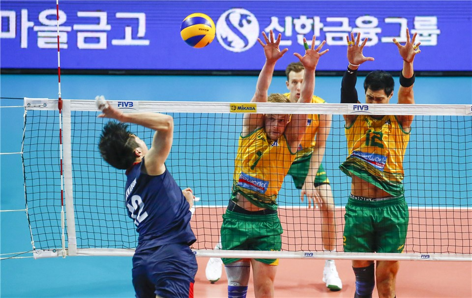 Italy Wins 500th World Level Match; Australia Stuffs South Korea