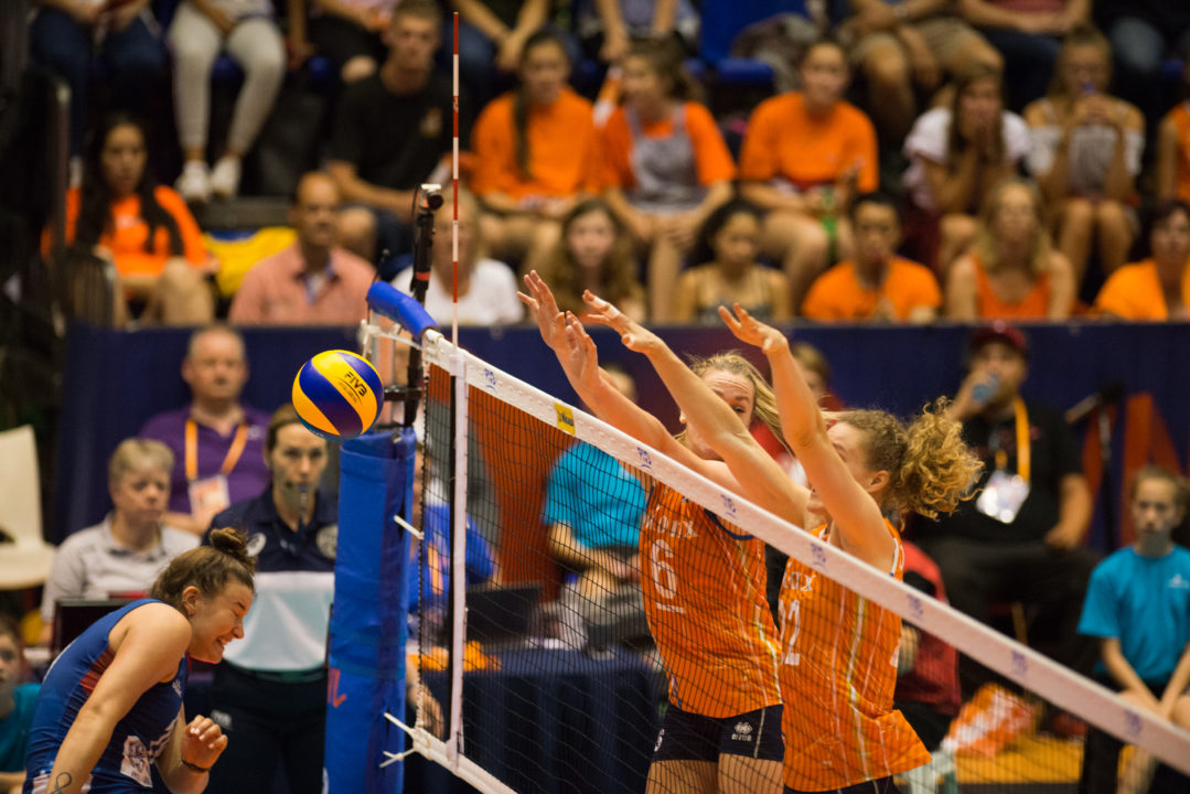 Dutch Rally Past Serbia in 5, Italy Blasts Dominican Republic