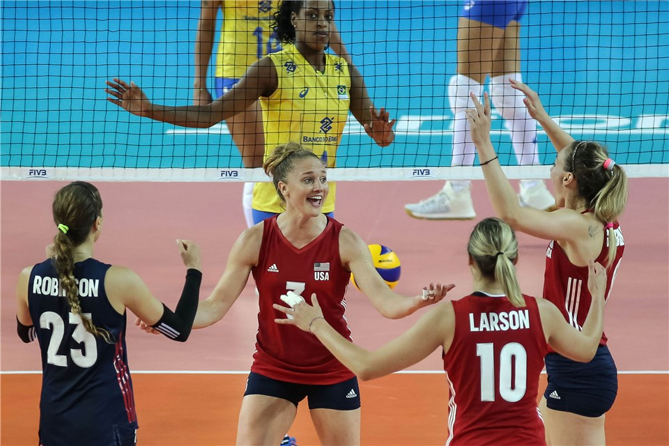U.S. Women Become First to Clinch Final 6 After Italy Loses a Set
