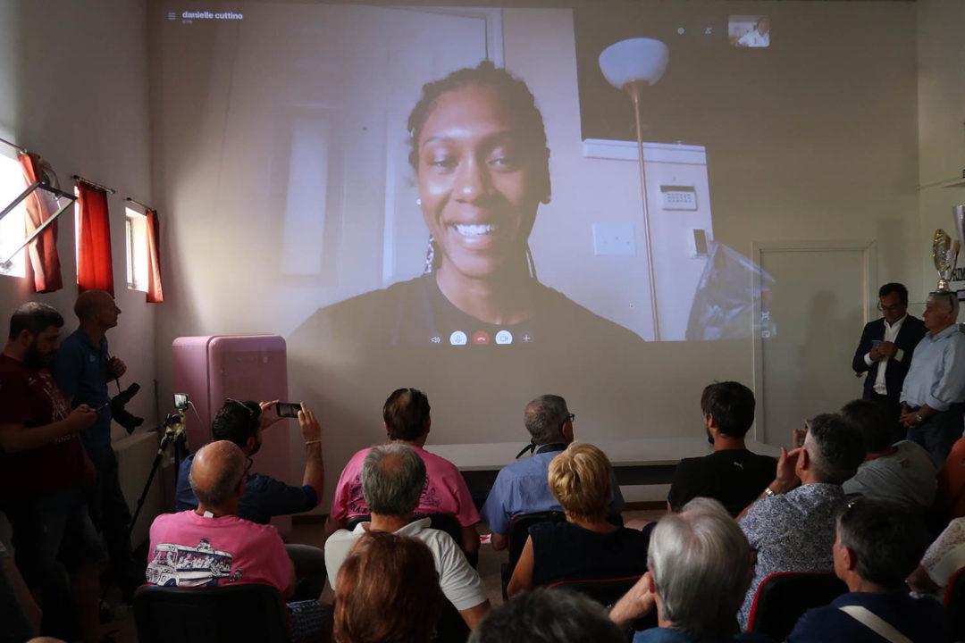 Danielle Cuttino Presented To Casalmaggiore's Press Via Skype