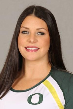 Former Oregon Ducks All-American Lauren Plum Signs In France