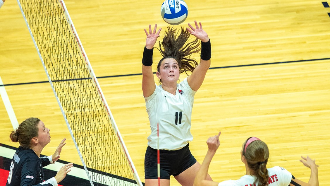 McLerran, Seaman Become MAC's First Setters of the Week