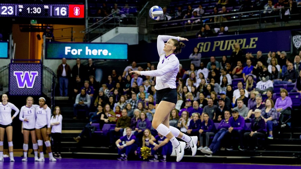 Courtney Schwan Signs With Italy's Serie A