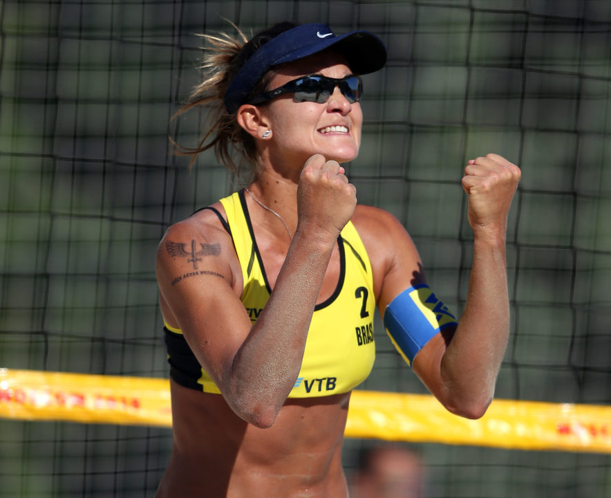 Qualifiers Elize Maia/Maria Clara Lead 3 Brazilian Pool Champs