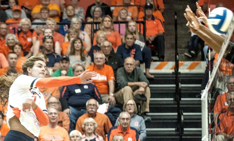 No. 11 Illinois Hangs on in 5-Setter Over Colorado State to Go 2-0