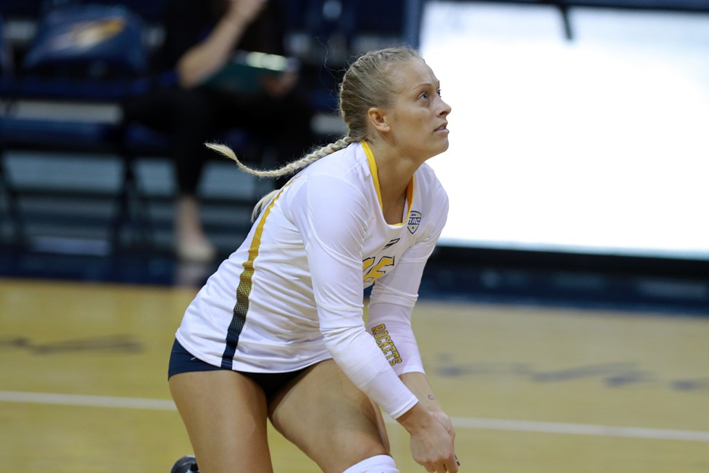 Maurissa Leonard Breaks Toledo's All-Time Record in Career Digs