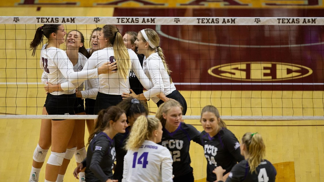 Rounding-Up the Season-Opening Exhibitions in NCAA Women's Volleyball