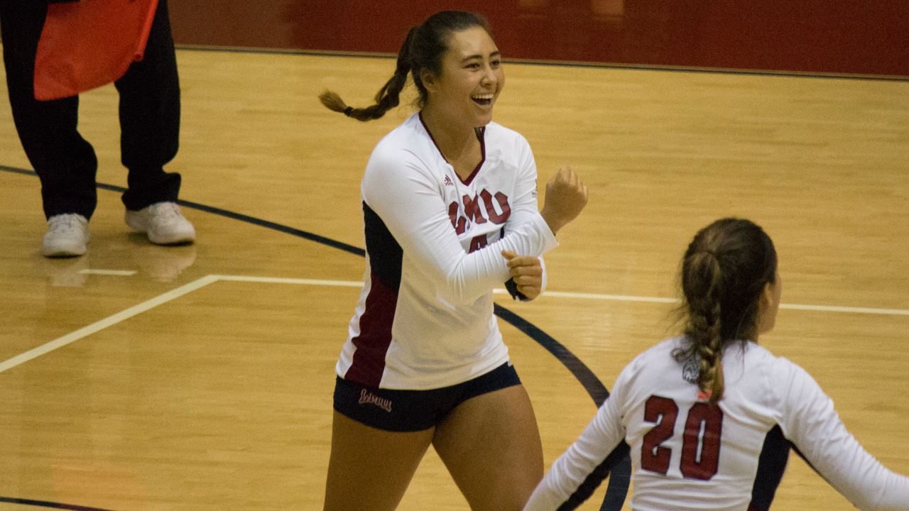 WCC Volleyball: Sweeps Own Thursday Night