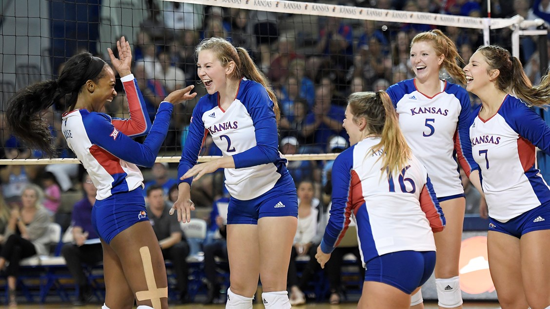 Jayhawks Take 4-Match Win Streak to Norman for Midweek Matchup with OU