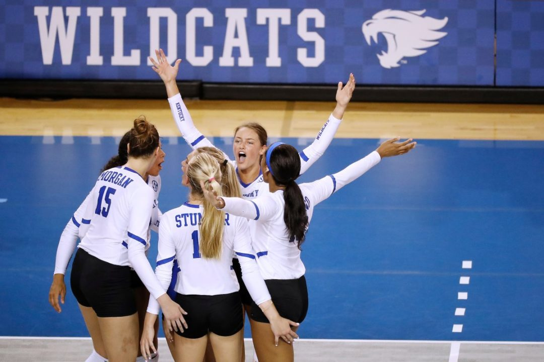 Kentucky Sweeps Chattanooga to End Non-Conference Play