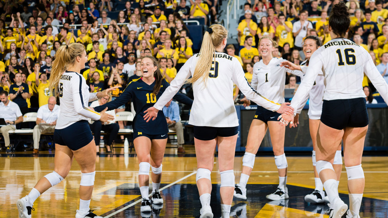 10-0: Michigan Sweeps Notre Dame to Kick Off Home & Home Series