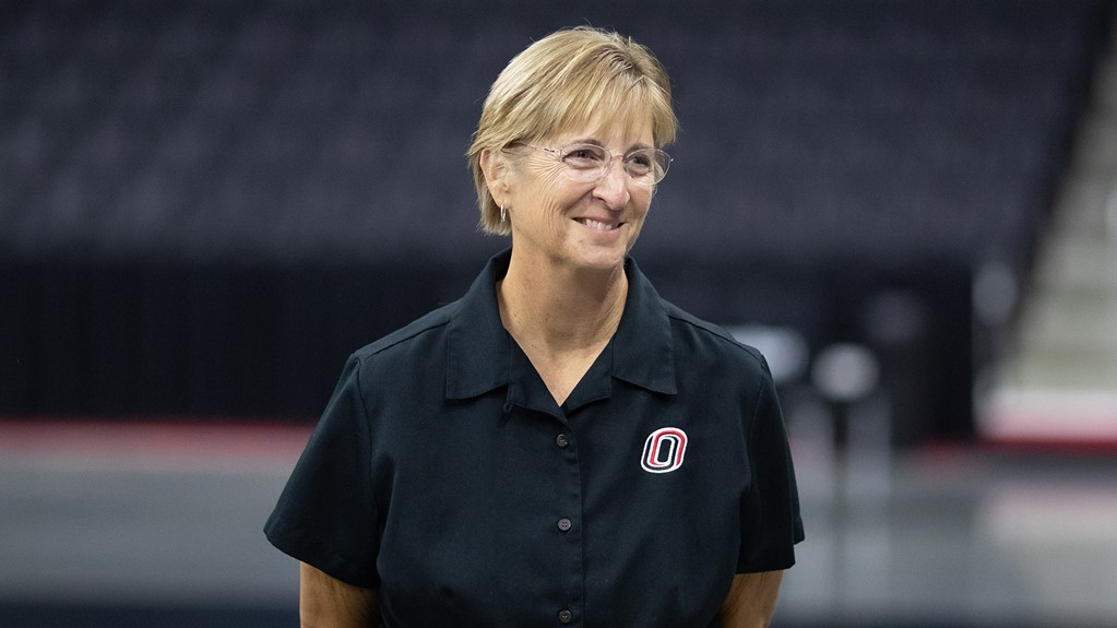 Omaha Coach Rose Shires Wins 500th NCAA Match