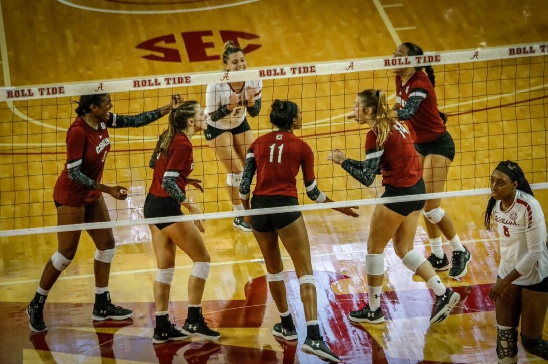 SEC: Kentucky, South Carolina Stay Perfect, Tennessee Wins in 5