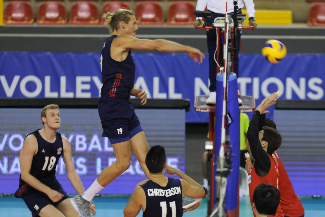 USA Starts Taylor Averill over David Smith at Middle Blocker