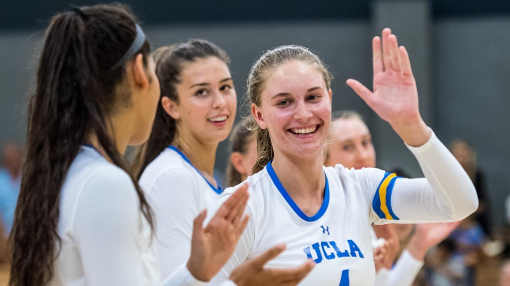 Pac-12: #21 UCLA Records Historic Road Win at #17 Washington