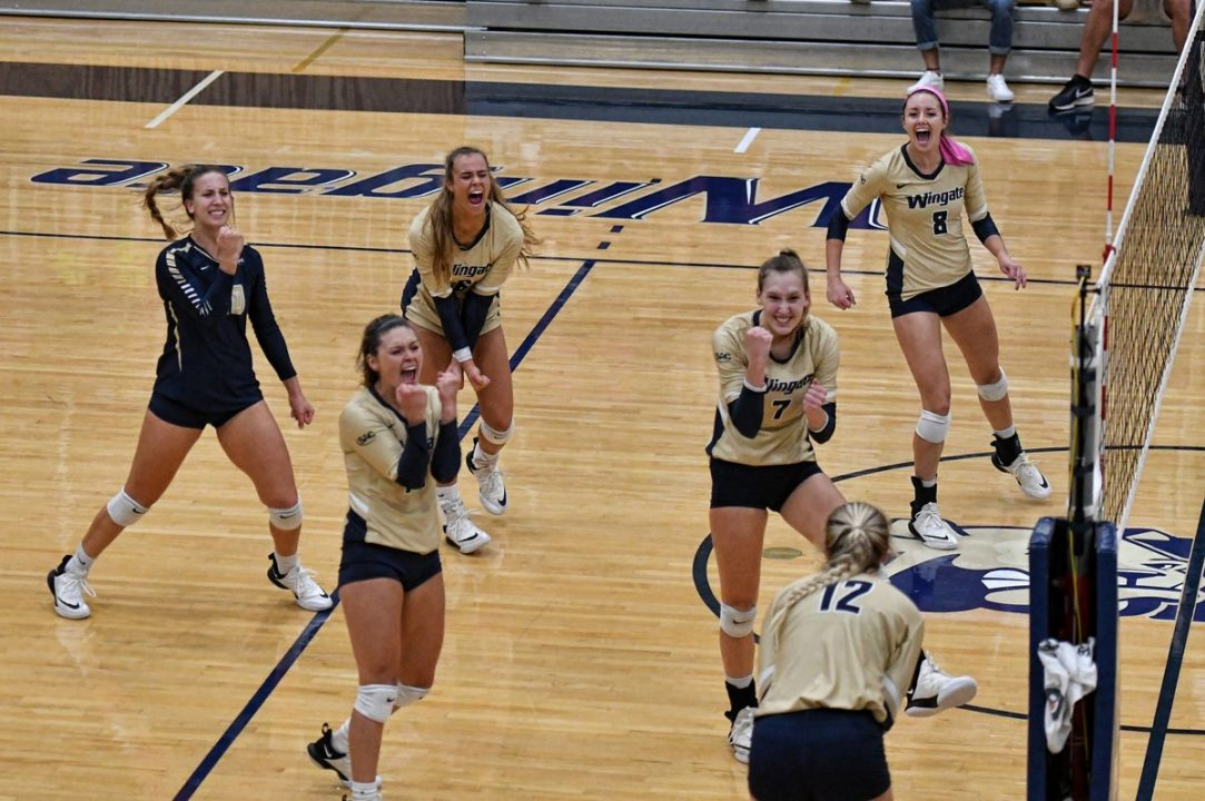 Getting Social: Volleyball Moments of the Week