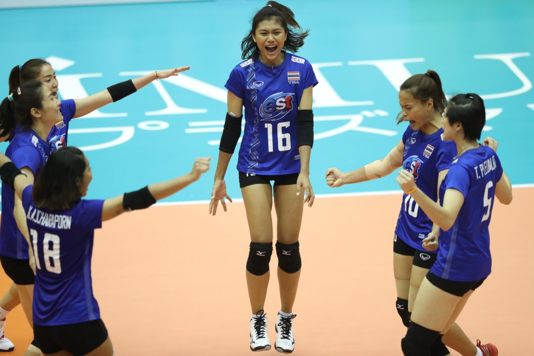 Thai Opposite Pimpichaya Kokram Injures Right Knee