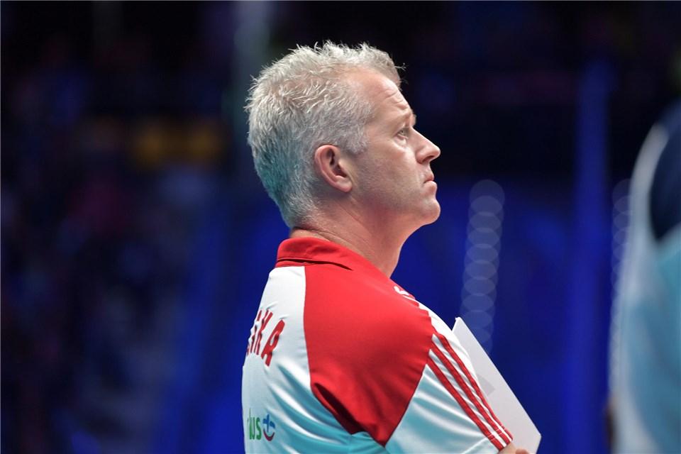 Six VolleyMob Articles That Show Vital Heynen Is A Genius Coach