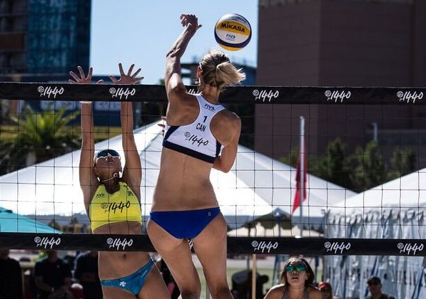 WATCH LIVE: Women's Pool Play, Men's Knockouts at Las Vegas Four Star