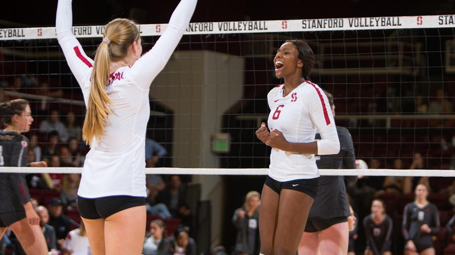 After Rocky Start, #2 Stanford Rolls Past #16 Oregon (Pac-12 Roundup)