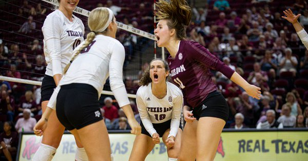Texas A&M Takes on Florida in Battle of SEC Unbeatens in Gainesville