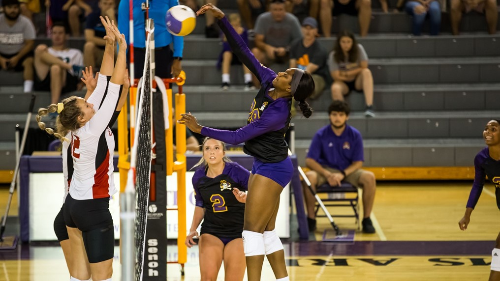 AAC Tabs ECU's Osuegbu, UCF's Pingel as Players of the Week