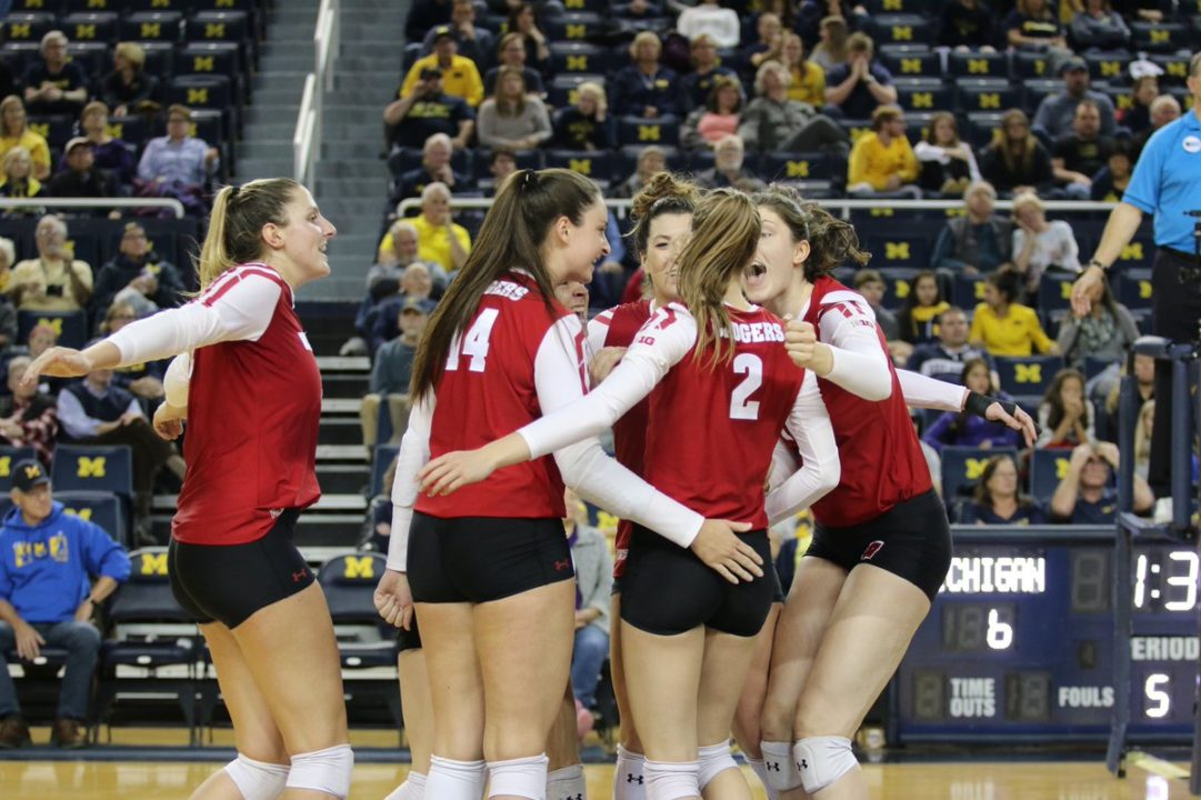 Wisconsin Picks Up Five-Set Road Win at Michigan