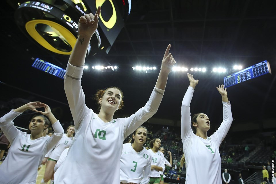 Oregon Rides Vander Weide Double-Double, Four Johnson Aces to Win vs. New Mexico