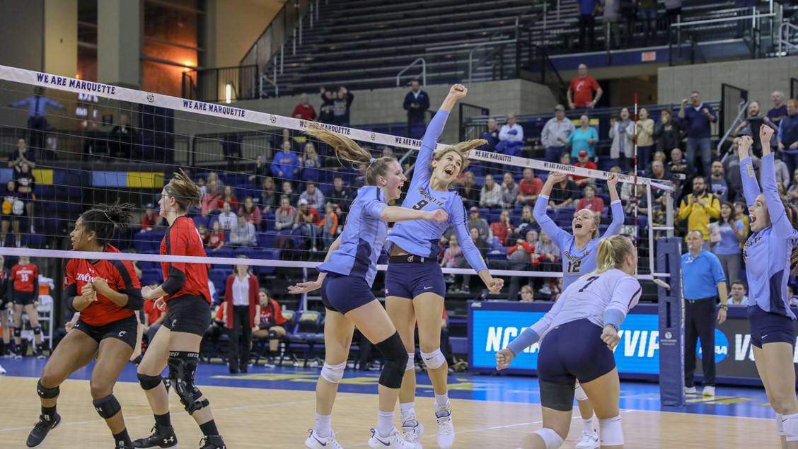 Marquette Cruises to Sweep of Cincinnati, On to First Sweet 16